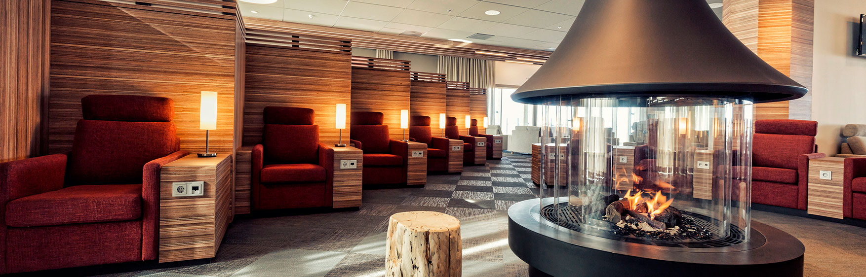 NOUVEL ICELANDAIR SAGA LOUNGE