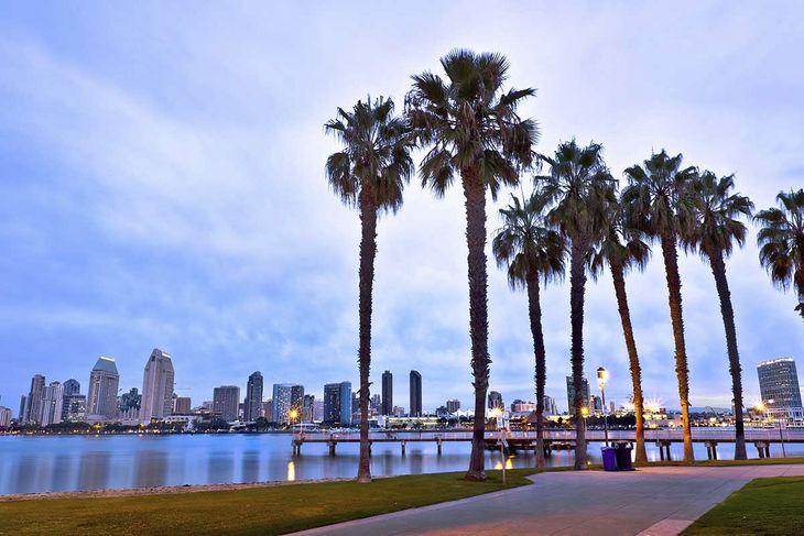Vlucht naar San Diego, Californië, Amerika. Verbinding met Icelandair ...