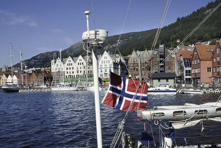 Bergen boat flag harbour