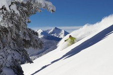 Powder-Skiing-in-Vail
