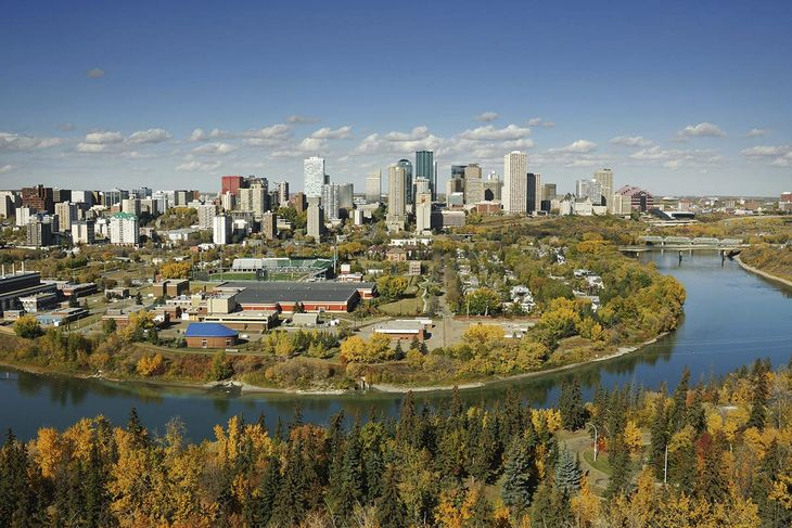 Hotels near Edmonton International Airport