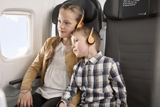 We welcome young travelers to the Icelandair Saga Club